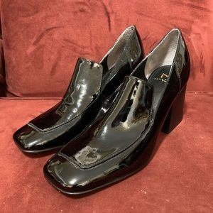 Marc Fisher black patent leather heeled loafer. S8